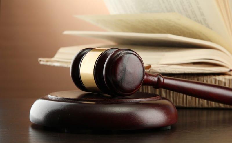 advocaat dating jurist